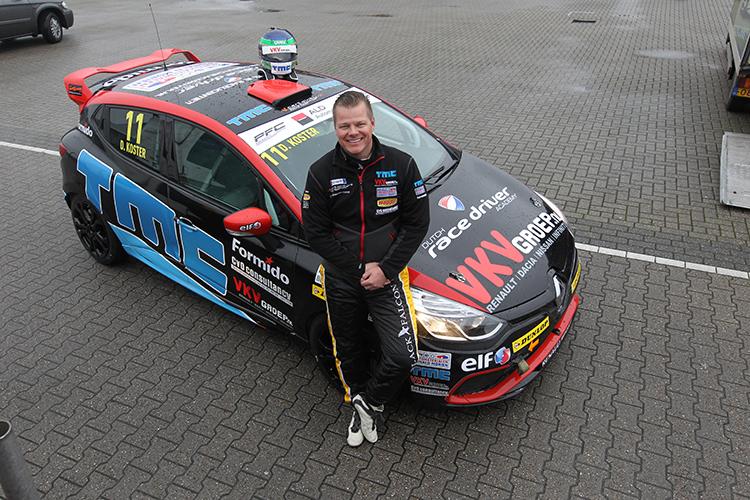 Dillon Koster geniet van rentree in autosport tijdens Finaleraces op Assen
