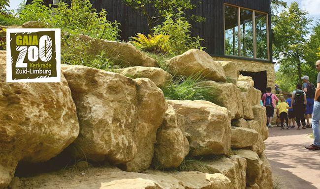 Landscaping; Sterk ontwerp met keien en rotsen