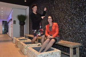 Jolanda Oudesluijs en Ankie Vermeulen van Badhotel Domburg