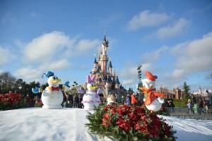 Disneyland Parijs maakt traditioneel veel werk van de kerstperiode
