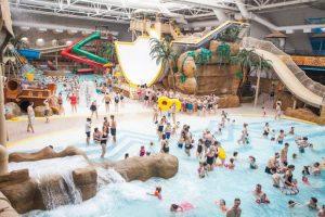 overzichtsfoto van het indoor waterpark