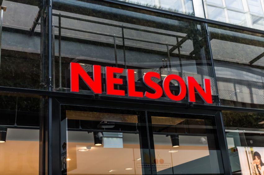 46992c34fa2 Nelson start ook winkels van Leemans door - RetailNews.nl