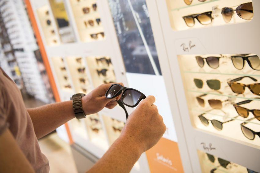 9facf706235f3 Pearle-moeder koopt Nederlandse zonnebrillensite - RetailNews.nl