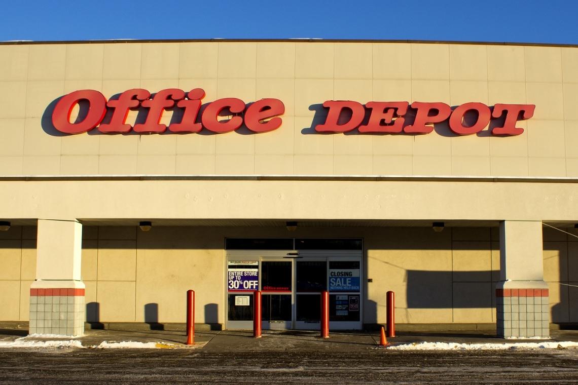 office depot doet europese tak van de hand. Black Bedroom Furniture Sets. Home Design Ideas