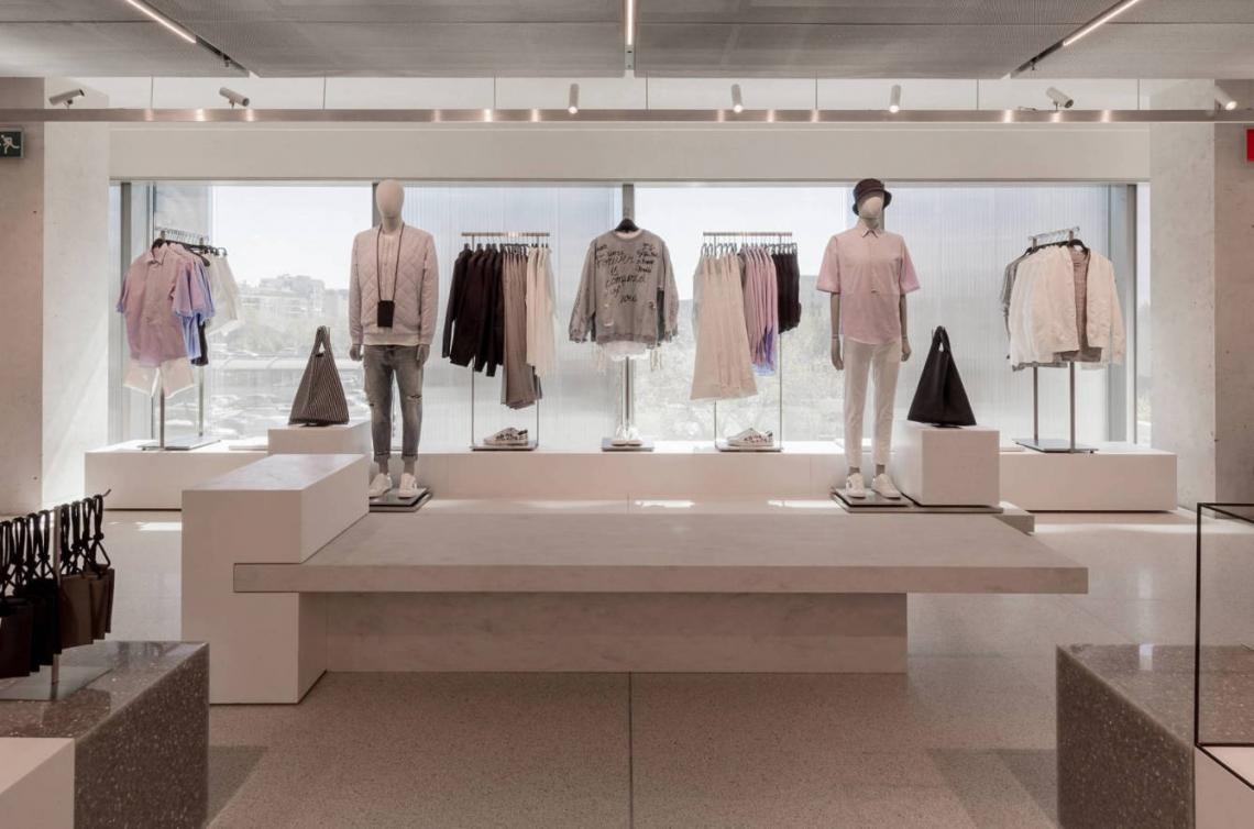 Zara Kinderkleding.Dit Is De Grootste Zara Ter Wereld Retailtrends Nl