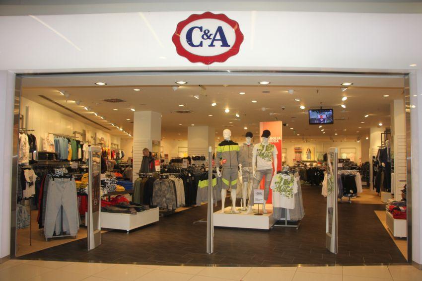 Only Kleding.C A Verkoopt Nu Ook Kleding Van Only Retailnews Nl