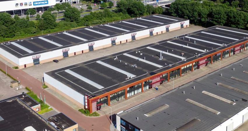 Beghler huurt 784 m² bedrijfsruimte en 120 m² kantoorruimte in Best