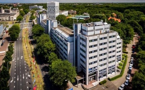 Twee ambassades erbij op Johan de Wittlaan in Den Haag