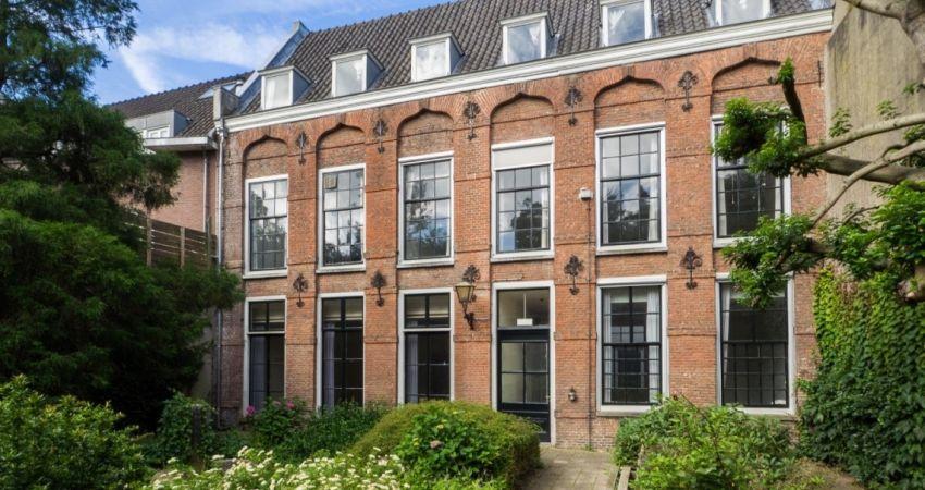 Verkoop Kromme Nieuwegracht 46 & Nobeldwarsstraat 25 Utrecht