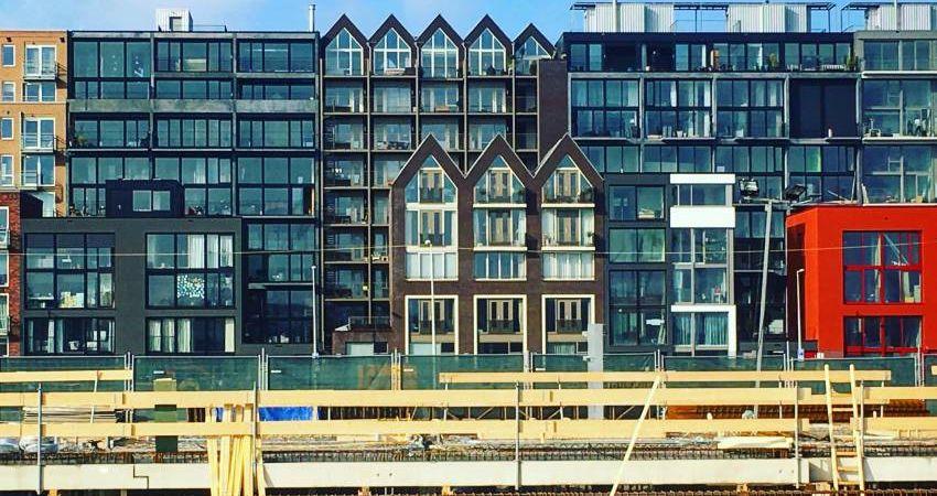 Zonder bijsturing vliegt Amsterdamse woningmarkt volledig uit de bocht