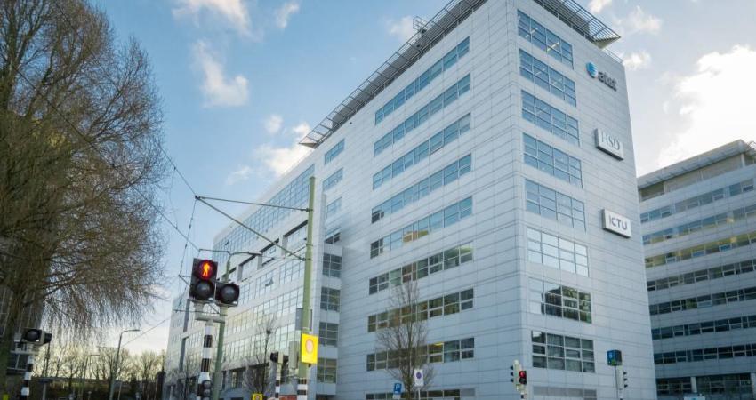 Circa 2.200 m2 verhuurd in Haags kantoorgebouw 'Head Quarter'