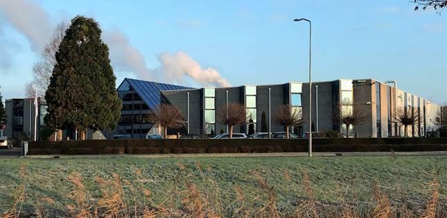 Bedrijfscomplex van 2.500 m2 verhuurd in Duiven