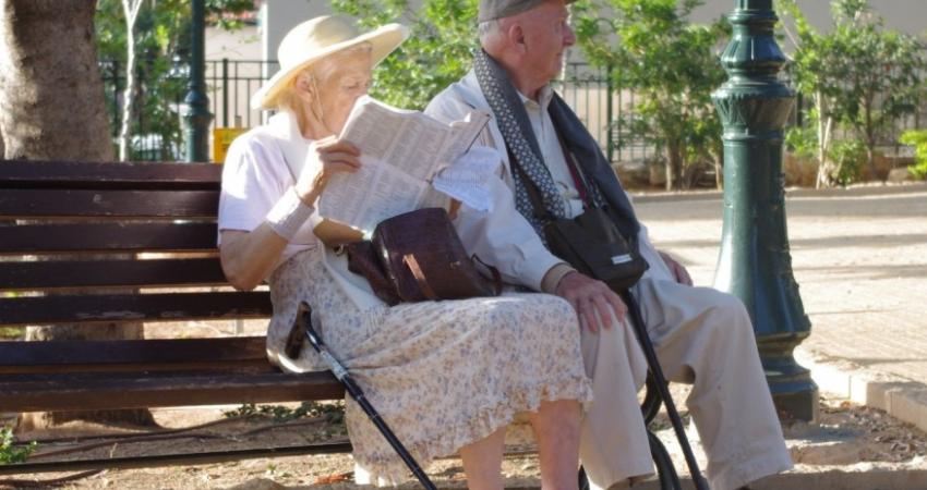 Zeventigers en tachtigers wonen minder vaak alleen