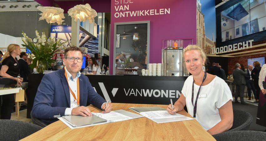VanWonen en Droste tekenen voor samenwerking Seahorse in Hengelo
