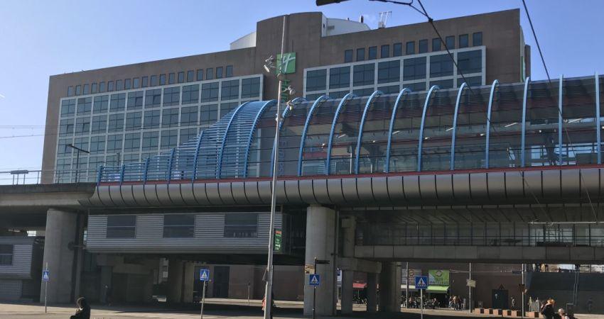Britse partij koopt Amsterdams Holiday Inn Express Hotel