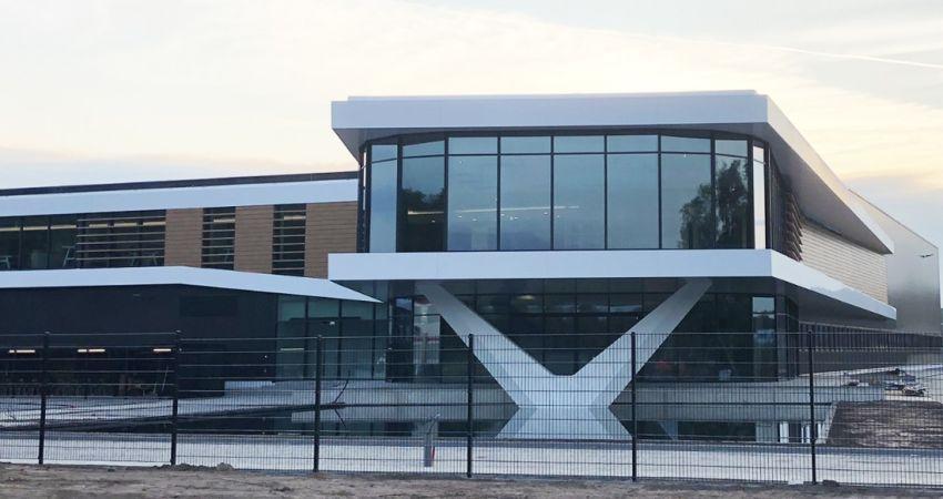 Bedrijfscomplex van 15.000 m2 aan meubelstoffenfabrikant opgeleverd