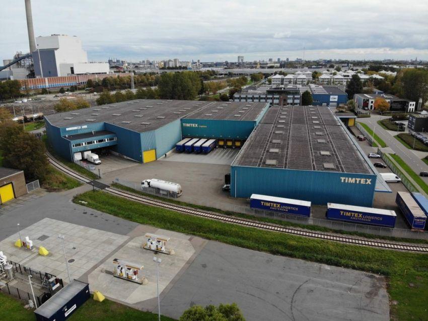1530 Real Estate adviseert Timtex Transport bij verkoop bedrijfsgebouw Marifoonweg